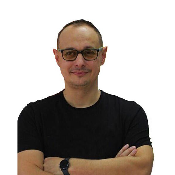 Максим Лихненко